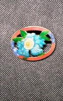 Women's flowered broach
