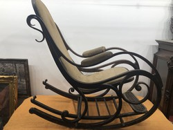Thonett rocking chair