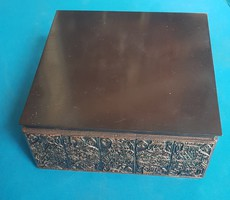 Katonai ajándék díszdoboz bronzból
