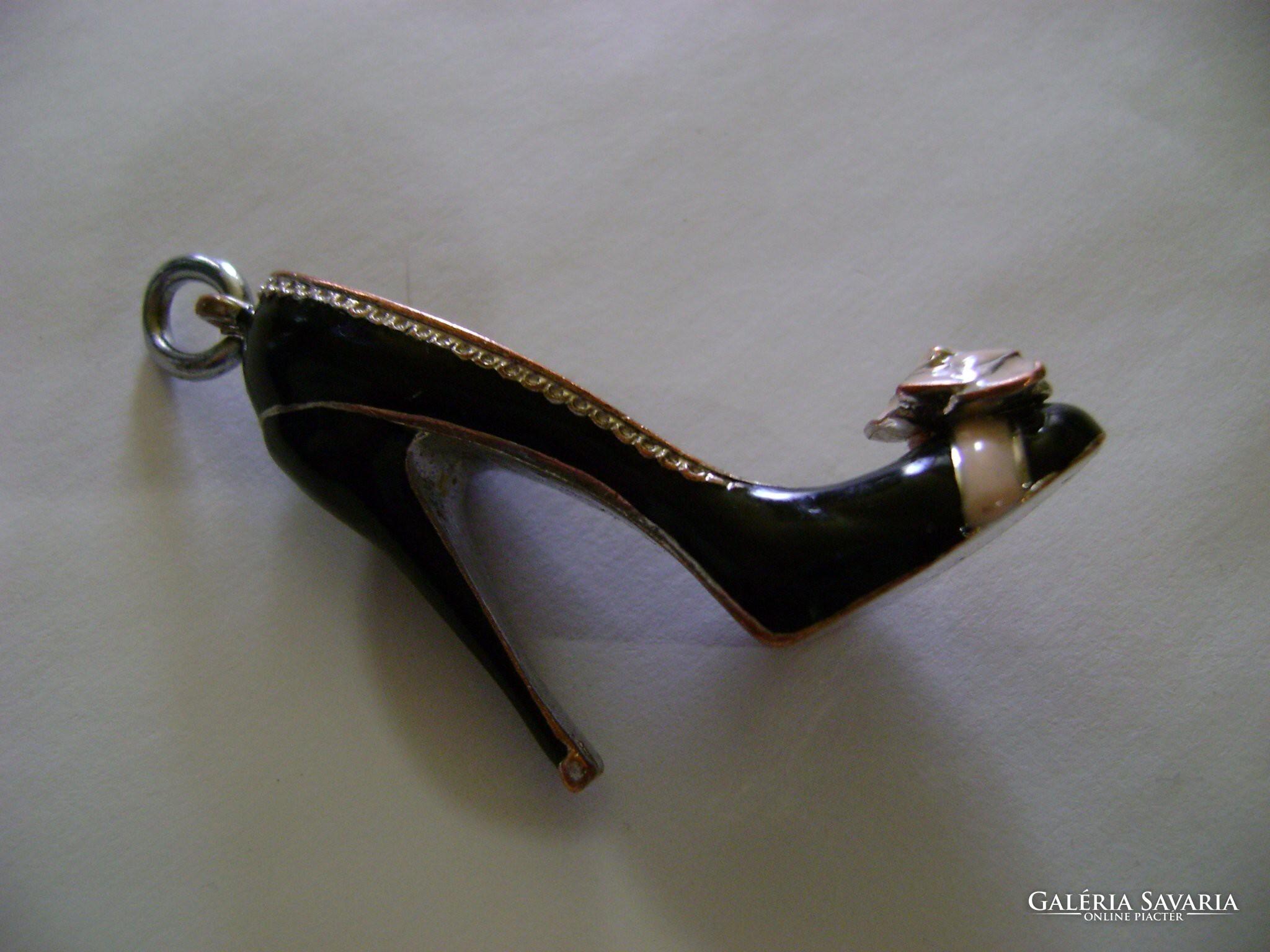 Ezüst vagy ezüsthatású? női platformos magas sarkú cipő 25